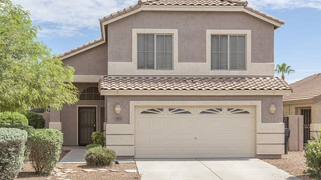Photo 1 of 26 - 925 E Windsor Dr, Gilbert, AZ 85296