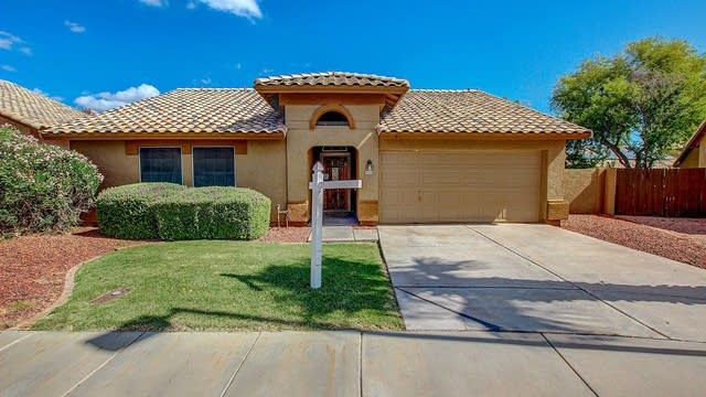 Photo 1 of 25 - 9024 W Banff Ln, Peoria, AZ 85381