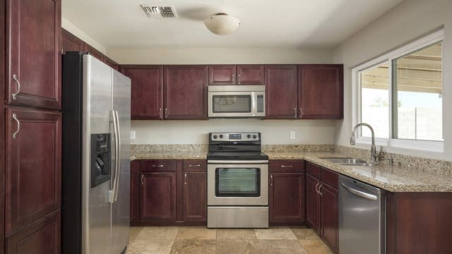 Photo 1 of 25 - 20225 N 14th Ave, Phoenix, AZ 85027