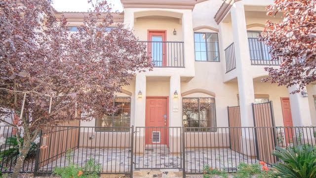 Photo 1 of 27 - 3150 E Beardsley Rd #1064, Phoenix, AZ 85050