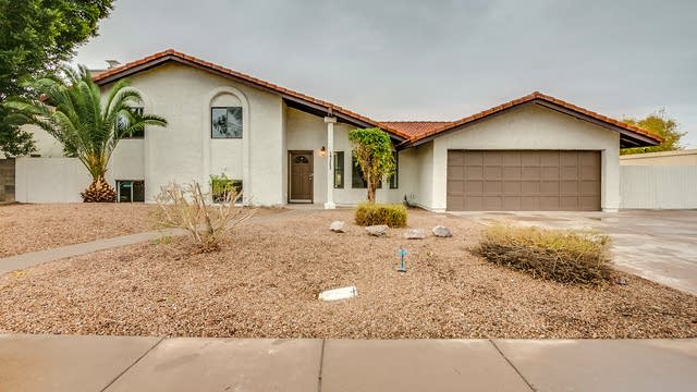 Photo 1 of 39 - 1711 E Grove Ave, Mesa, AZ 85204