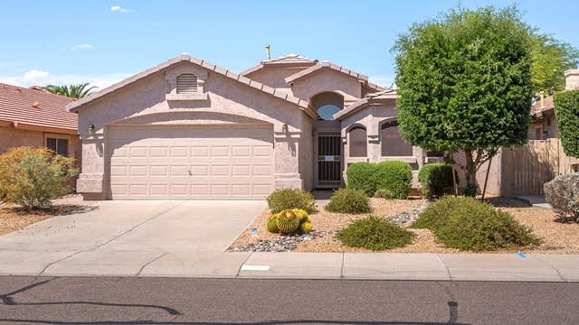 Photo 1 of 21 - 4334 E Lone Cactus Dr, Phoenix, AZ 85050