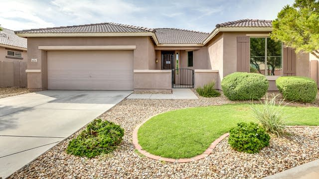 Photo 1 of 30 - 8210 S 50th Ln, Phoenix, AZ 85339