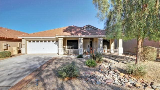 Photo 1 of 24 - 28993 N Calcite Way, San Tan Valley, AZ 85143