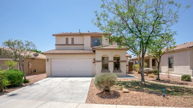 Photo 1 of 25 - 16237 W Custer Ln, Surprise, AZ 85379