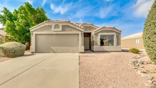 Photo 1 of 20 - 1064 W 23rd Ct, Apache Junction, AZ 85120