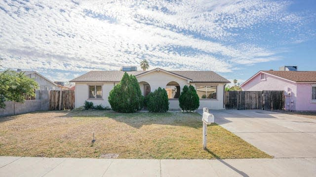 Photo 1 of 18 - 8017 W Pierson St, Phoenix, AZ 85033