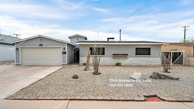 Photo 1 of 48 - 8013 W Pinchot Ave, Phoenix, AZ 85033