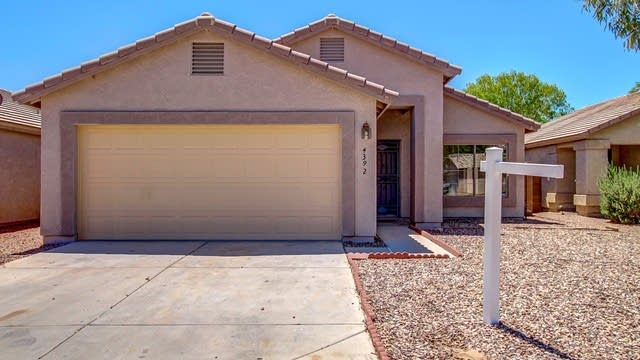 Photo 1 of 22 - 2834 S 64th Dr, Phoenix, AZ 85043