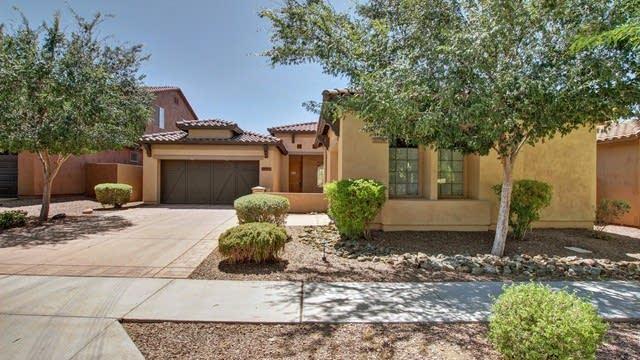 Photo 1 of 26 - 8448 S 21st Pl, Phoenix, AZ 85042