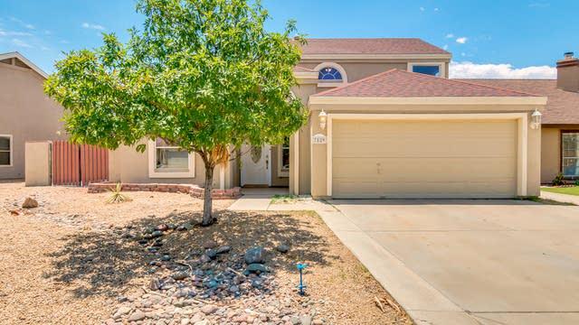 Photo 1 of 35 - 7829 W Fleetwood Ln, Glendale, AZ 85303