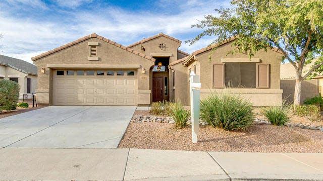 Photo 1 of 26 - 38 W Castle Rock Rd, Queen Creek, AZ 85143