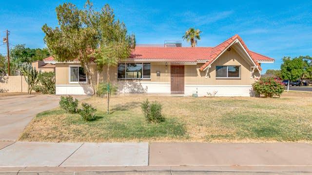 Photo 1 of 24 - 1116 W Heather Dr, Mesa, AZ 85201
