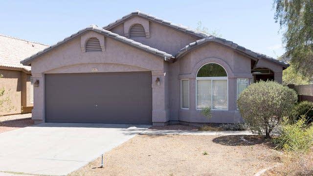 Photo 1 of 23 - 1917 E Williams Dr, Phoenix, AZ 85024