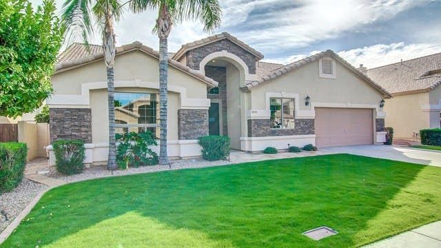 Photo 1 of 25 - 6959 E Mirabel Ave, Mesa, AZ 85209