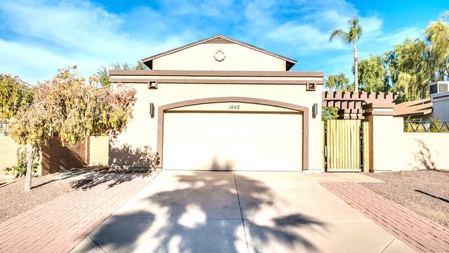 Photo 1 of 26 - 1442 E Topeka Dr, Phoenix, AZ 85024