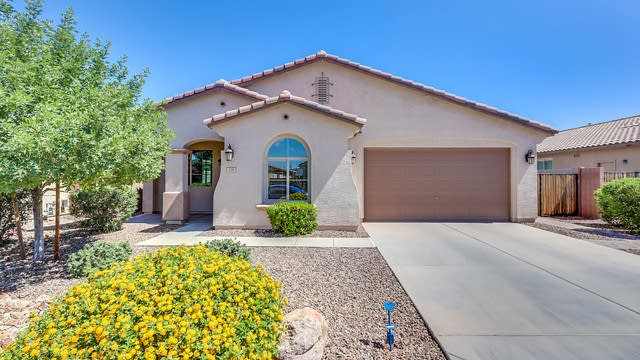 Photo 1 of 29 - 138 W Yellow Wood Ave, San Tan Valley, AZ 85140