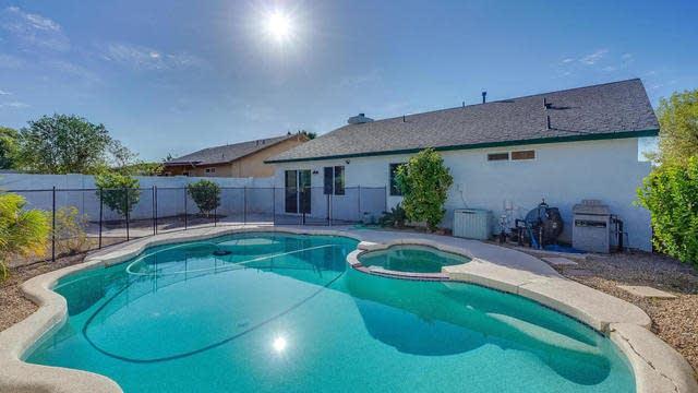 Photo 1 of 17 - 3734 W Melinda Ln, Glendale, AZ 85308