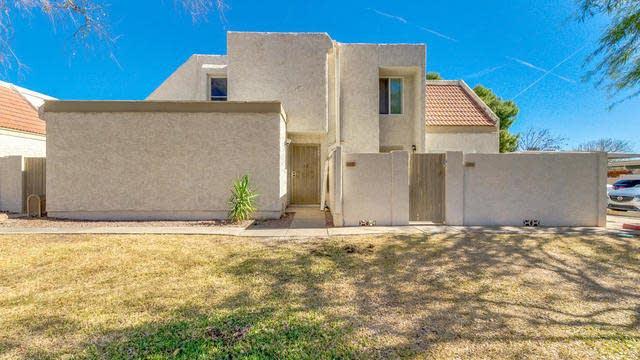 Photo 1 of 29 - 1342 W Emerald Ave Unit 225, Mesa, AZ 85202