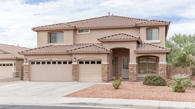 Photo 1 of 28 - 8452 W Purdue Ave, Peoria, AZ 85345