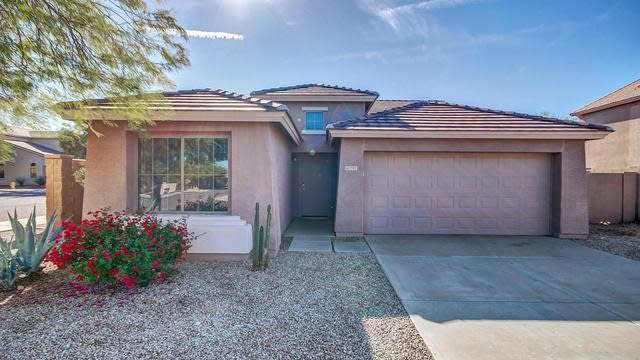 Photo 1 of 24 - 1703 W Saint Catherine Ave, Phoenix, AZ 85041