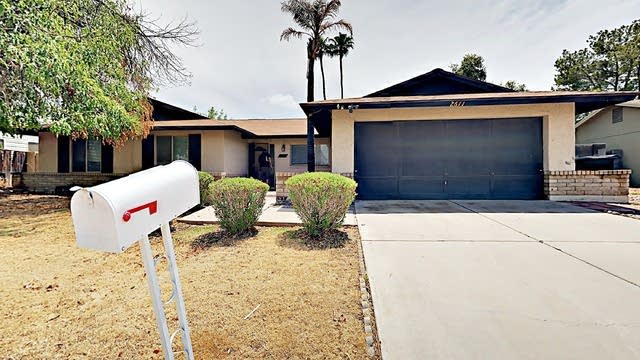 Photo 1 of 23 - 2611 W Straford Dr, Chandler, AZ 85224