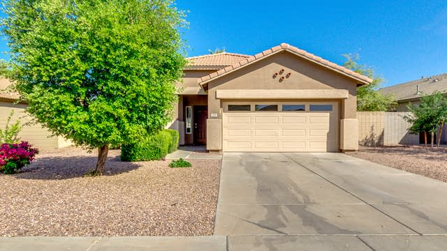 Photo 1 of 26 - 3800 E Waterman St, Gilbert, AZ 85297