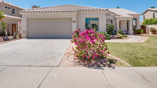 Photo 1 of 34 - 4443 E Graythorn St, Phoenix, AZ 85044