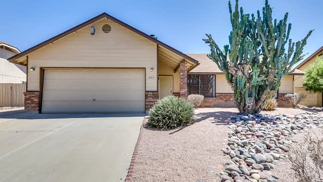 Photo 1 of 27 - 205 W Juanita Ave, Gilbert, AZ 85233