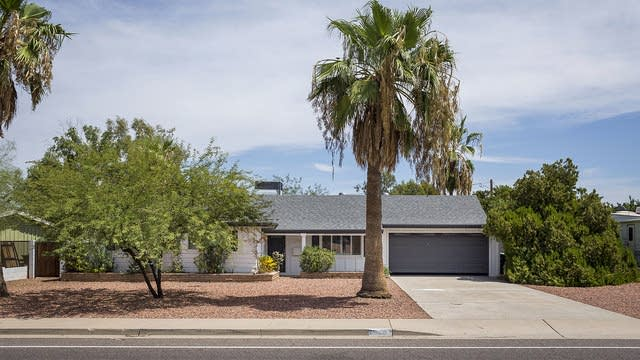 Photo 1 of 15 - 10031 N 26th St, Phoenix, AZ 85028