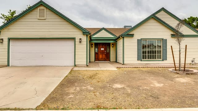 Photo 1 of 32 - 668 E Manor Dr, Chandler, AZ 85225