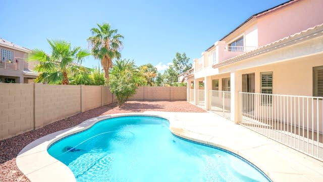 Photo 1 of 31 - 10313 W Roanoke Ave, Avondale, AZ 85392