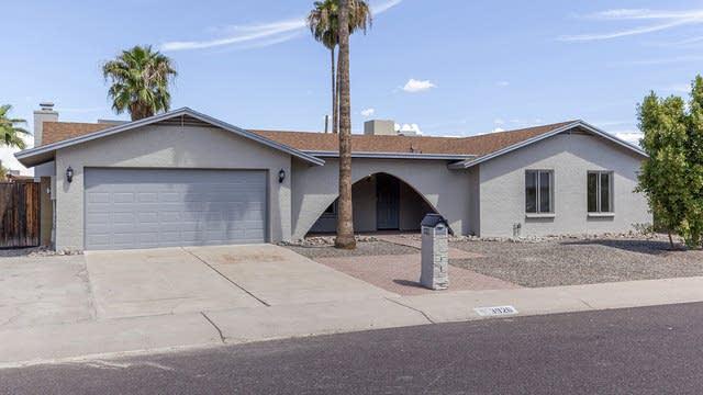 Photo 1 of 26 - 3926 W Campo Bello Dr, Glendale, AZ 85308