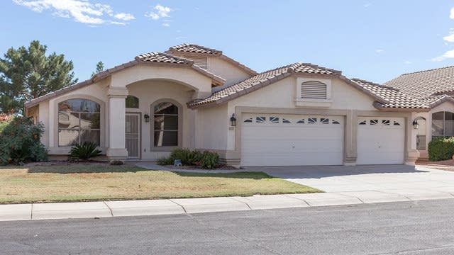 Photo 1 of 20 - 12727 W Cambridge Ave, Avondale, AZ 85392