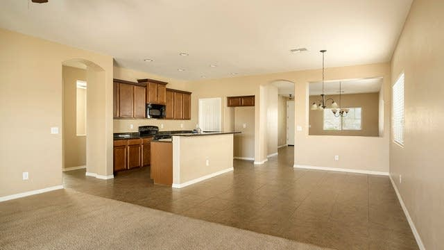 Photo 1 of 24 - 40919 N Hearn St, Sun Tan Valley, AZ 85140