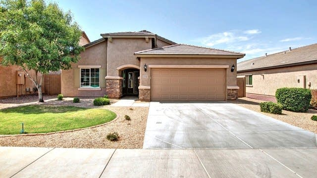 Photo 1 of 26 - 10951 E Starkey Ave, Mesa, AZ 85212