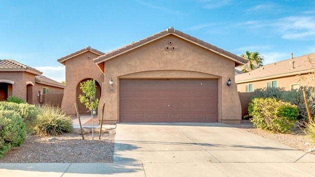 Photo 1 of 25 - 2076 W Gold Dust Ave, Queen Creek, AZ 85142