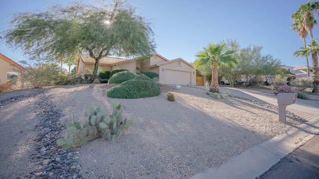 Photo 1 of 32 - 14224 N Edgeworth Dr, Fountain Hills, AZ 85268