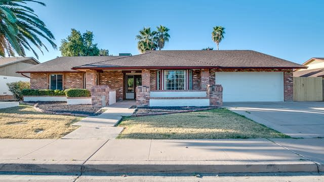 Photo 1 of 39 - 857 W Natal Ave, Mesa, AZ 85210