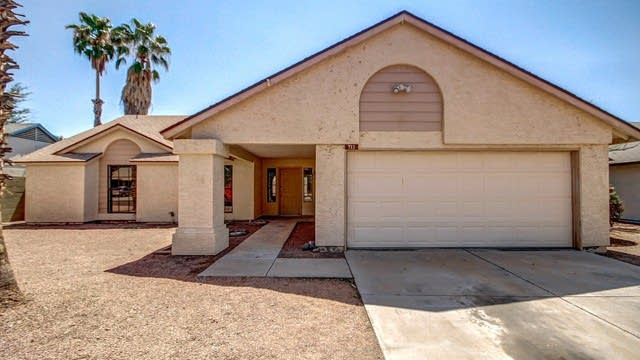 Photo 1 of 22 - 711 W Marlboro Dr, Chandler, AZ 85225