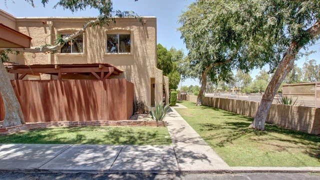 Photo 1 of 27 - 1005 E Northern Ave, Phoenix, AZ 85020