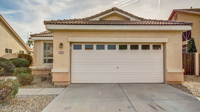 Photo 1 of 25 - 1621 E Shannon St, Chandler, AZ 85225