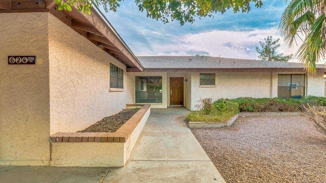 Photo 1 of 32 - 624 N Rico Cir, Mesa, AZ 85213
