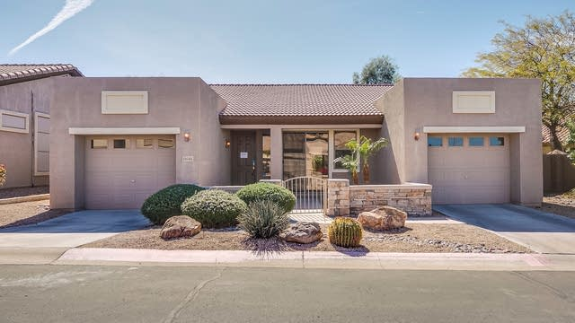 Photo 1 of 27 - 6641 E Rochelle Cir, Mesa, AZ 85215