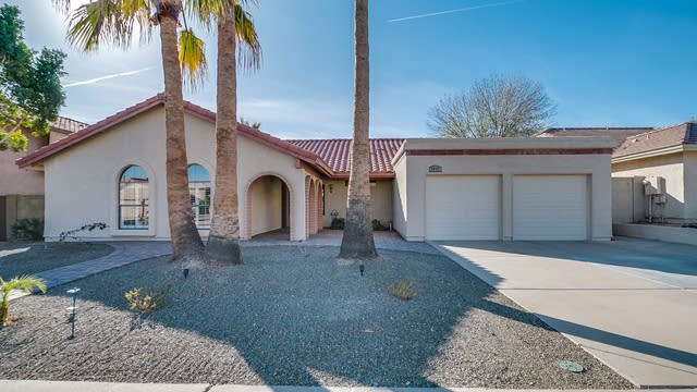 Photo 1 of 36 - 3937 E Keresan St, Phoenix, AZ 85044