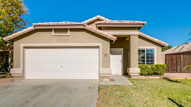Photo 1 of 31 - 11582 W Holly St, Avondale, AZ 85392