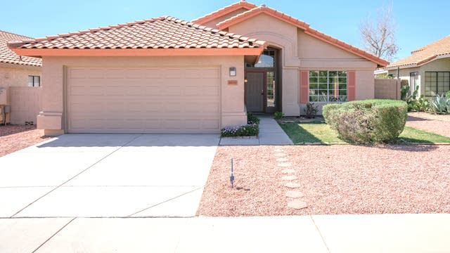 Photo 1 of 28 - 8890 N 114th Dr, Peoria, AZ 85345