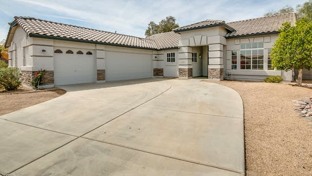 Photo 1 of 27 - 7808 S 13th St, Phoenix, AZ 85042