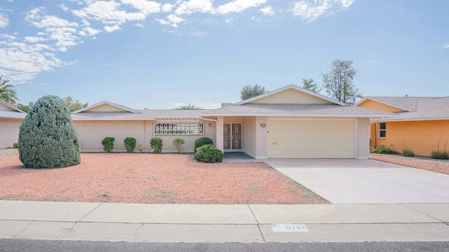 Photo 1 of 25 - 10743 W Roundelay Cir, Sun City, AZ 85351