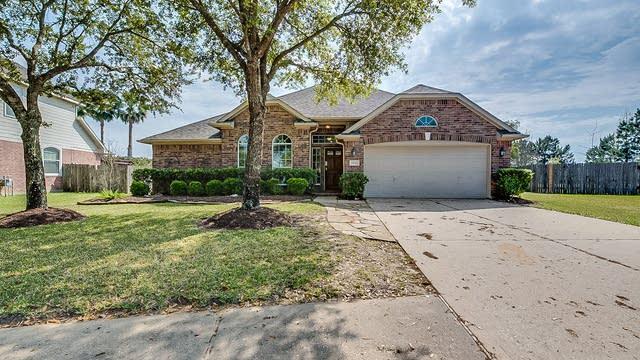 Photo 1 of 21 - 22925 Antiqua Estates Ct, Conroe, TX 77385